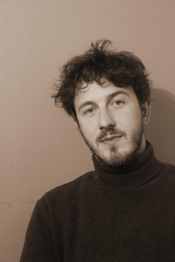 Francisco Moulia, escritor